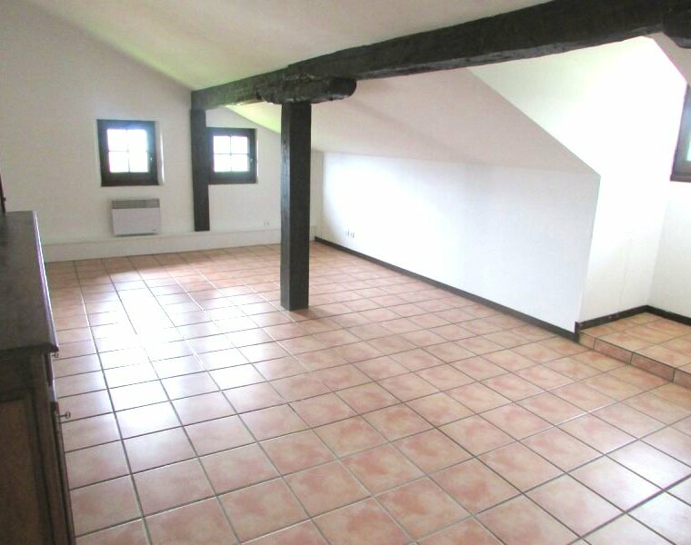 Location Appartement 4 pièces 107m² Sare (64310) - photo