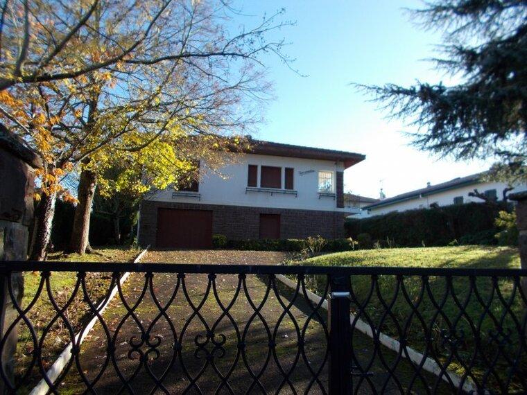 Vente Maison 5 pièces 185m² Hasparren (64240) - photo