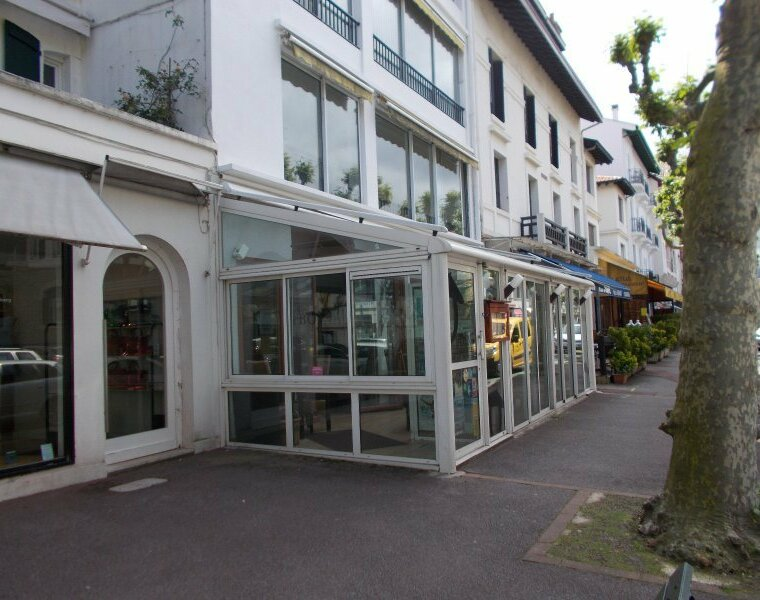 Vente Fonds de commerce 230m² Saint-Jean-de-Luz (64500) - photo