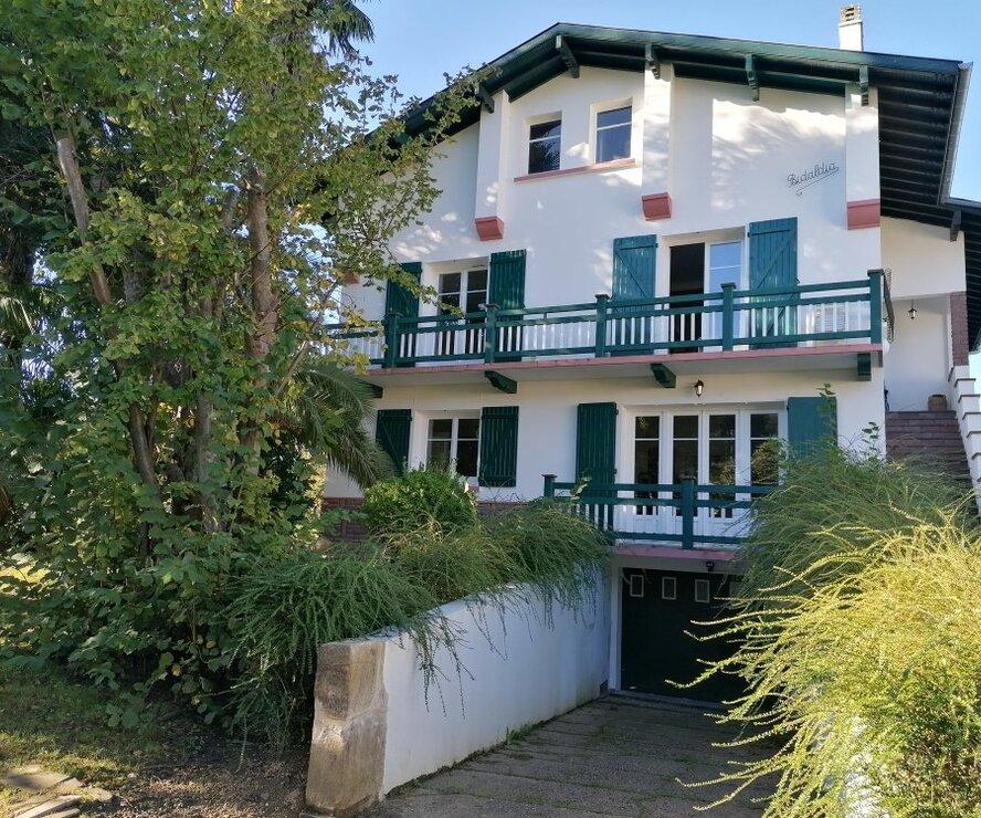 Location Appartement 5 pièces 105m² Saint-Pée-sur-Nivelle (64310) - photo