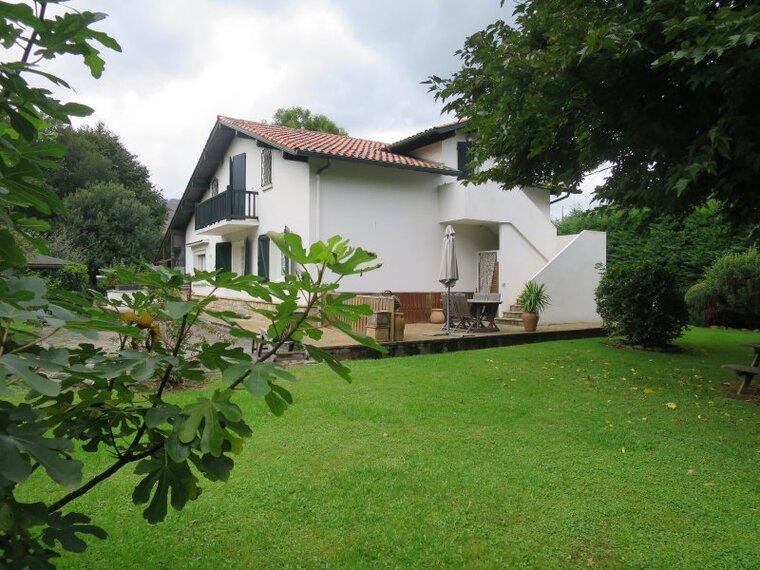 Vente Maison 7 pièces 145m² Sare (64310) - photo