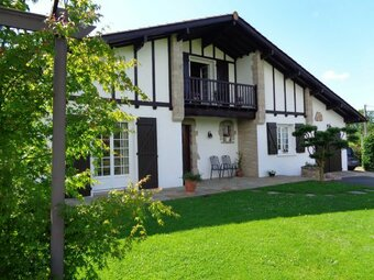 Vente Maison 6 pièces 120m² Saint-Pée-sur-Nivelle (64310) - Photo 1
