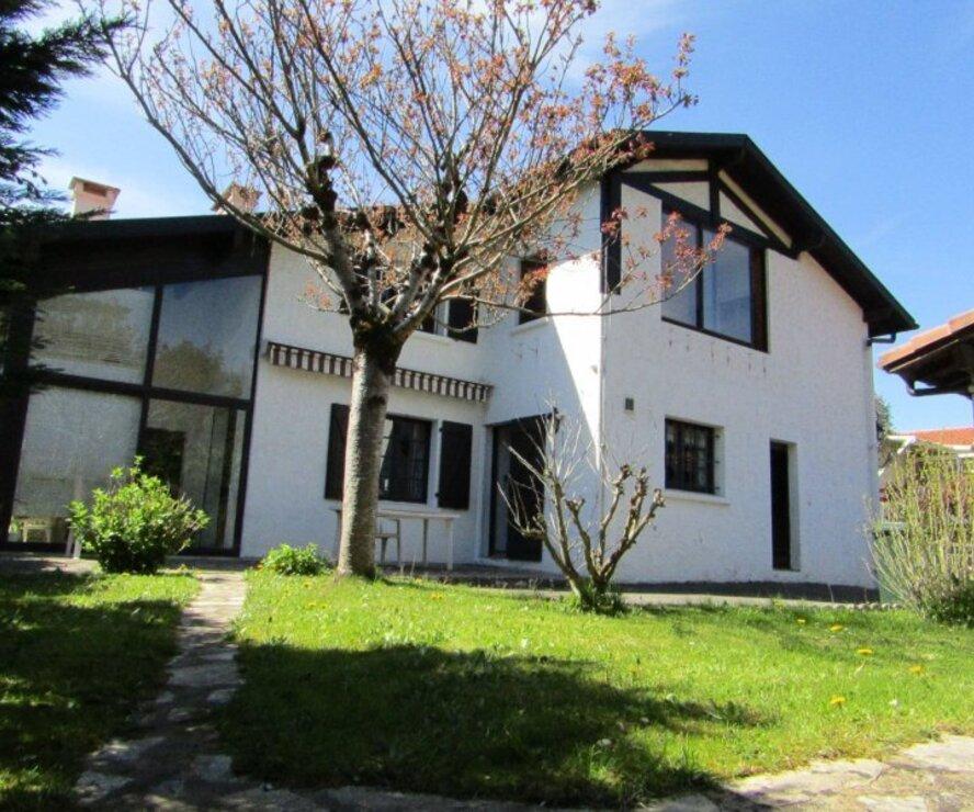 Vente maison 7 pi ces anglet 64600 249080 for Anglet location maison