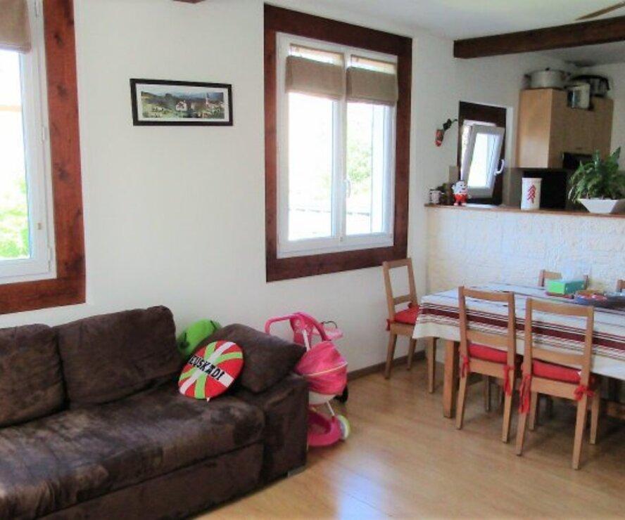 Annonces vente maison bayonne 64100 for Garage a louer bayonne