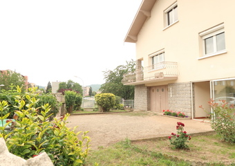 Location Maison 200m² Aurec-sur-Loire (43110) - Photo 1