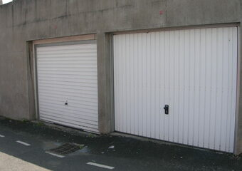 Location Garage Fraisses (42490) - Photo 1