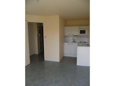 Location Appartement 2 pièces 28m² La Roche-sur-Yon (85000) - photo