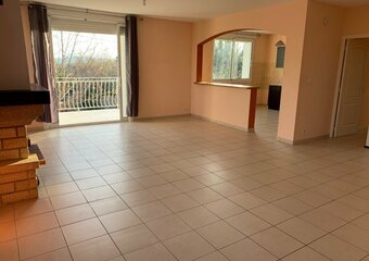 Location Appartement 3 pièces 90m² Bourg-Saint-Andéol (07700) - Photo 1