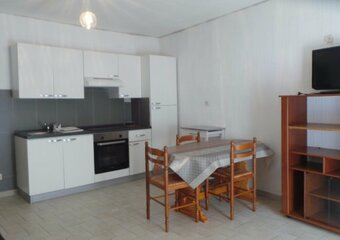 Location Appartement 1 pièce 31m² Pierrelatte (26700) - Photo 1