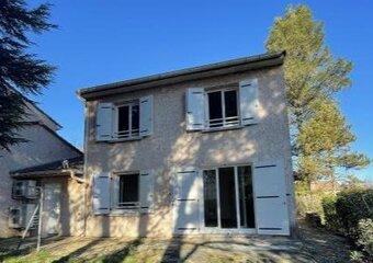 Location Maison 4 pièces 110m² Bourg-Saint-Andéol (07700) - photo