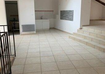 Location Appartement 3 pièces 74m² Saint-Paul-Trois-Châteaux (26130) - Photo 1