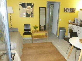 Location Appartement 2 pièces 30m² Saint-Paul-Trois-Châteaux (26130) - Photo 1
