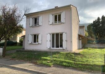 Location Maison 4 pièces 110m² Bollène (84500) - photo