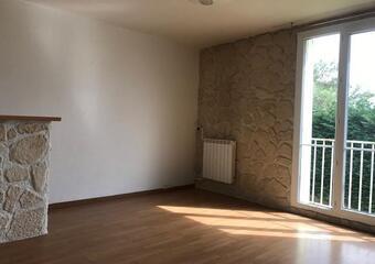 Location Appartement 3 pièces 60m² Saint-Paul-Trois-Châteaux (26130) - photo