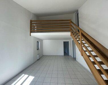 Location Appartement 3 pièces 80m² Saint-Paul-Trois-Châteaux (26130) - photo