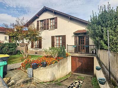 Vente Maison 7 pièces 140m² Bonneuil-sur-Marne (94380) - Photo 1
