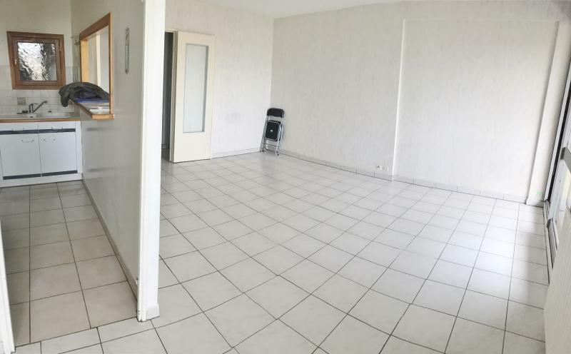 Perfect vente appartement pices m photo with code postal for Code postal boissy saint leger