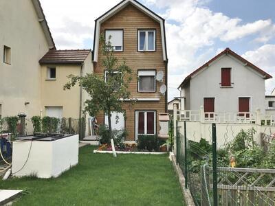 Vente Maison 9 pièces 175m² Villeneuve-Saint-Georges (94190) - photo