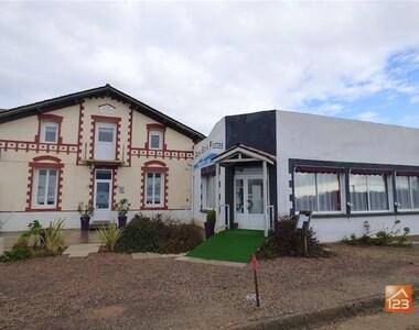 Vente Maison 12 pièces 360m² Saint-Vincent-sur-Jard (85520) - photo