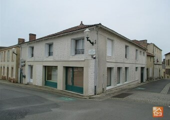 Sale House 7 rooms 142m² Mouilleron-en-Pareds (85390) - photo