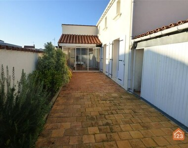 Sale House 7 rooms 90m² La Tranche-sur-Mer (85360) - photo