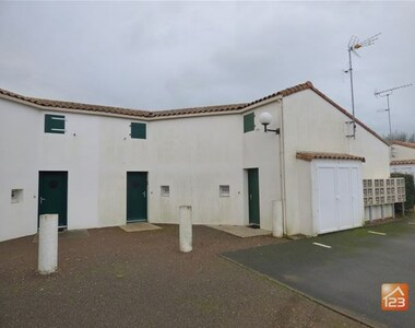 Sale House 3 rooms 38m² Longeville-sur-Mer (85560) - photo