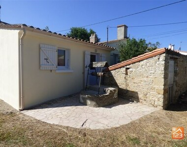 Sale House 3 rooms 55m² Jard-sur-Mer (85520) - photo