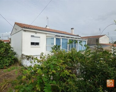 Sale House 4 rooms 105m² Jard-sur-Mer (85520) - photo
