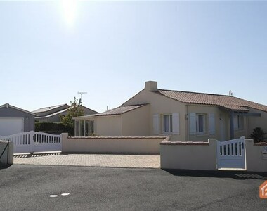 Sale House 5 rooms 84m² Longeville-sur-Mer (85560) - photo