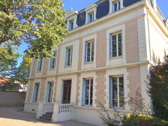 Vente Maison 14 pièces 480m² Chasse-sur-Rhône (38670) - photo
