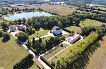 Vente Maison 15 pièces 625m² Saint-Nizier-le-Désert (01320) - photo