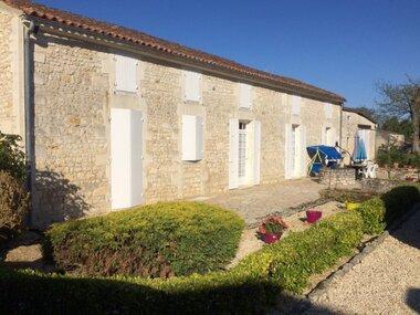 Vente Maison 7 pièces 200m² Saint-Romain-de-Benet (17600) - photo