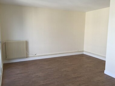 Location Appartement 1 pièce 31m² Versailles (78000) - photo