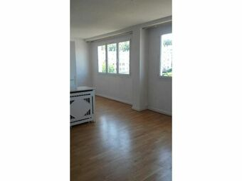 Location Appartement 4 pièces 63m² Versailles (78000) - Photo 1