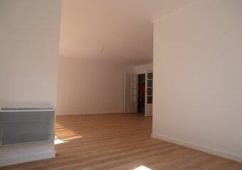 Location Appartement 5 pièces 112m² Versailles (78000) - photo