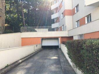 Location Garage 12m² Versailles (78000) - photo