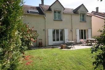 Vente Maison 7 pièces 135m² Voisins-le-Bretonneux (78960) - Photo 1