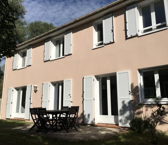 Sale House 6 rooms 150m² Voisins-le-Bretonneux (78960) - photo