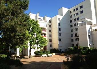 Renting Apartment 3 rooms 74m² Montigny-le-Bretonneux (78180) - Photo 1