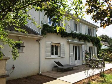 Renting House 7 rooms 160m² Voisins-le-Bretonneux (78960) - photo