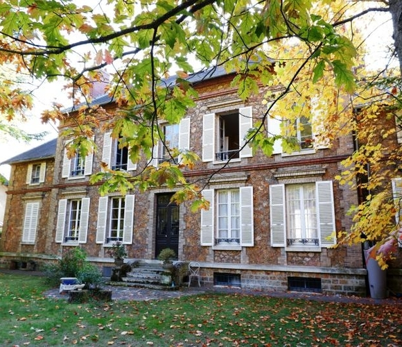 Sale House 16 rooms 500m² Guyancourt - photo