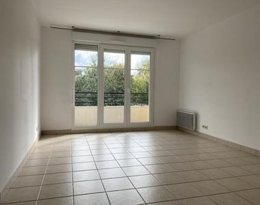 Sale Apartment 3 rooms 64m² Voisins le bretonneux - photo