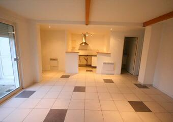 Renting Apartment 3 rooms 55m² Voisins-le-Bretonneux (78960) - Photo 1