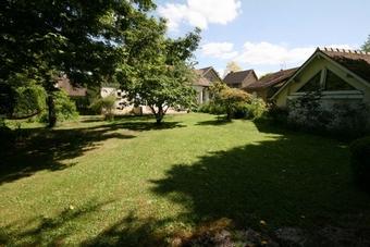 Location Maison 6 pièces 160m² Buc (78530) - Photo 1