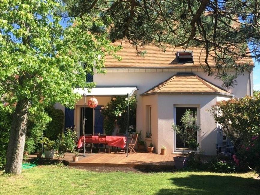 Location Maison 7 pièces 180m² Voisins-le-Bretonneux (78960) - photo