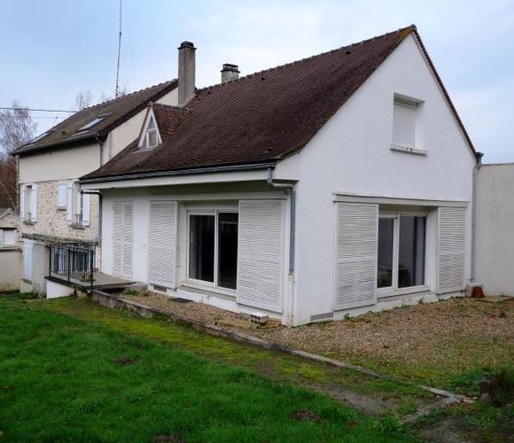 Vente Maison 8 pièces 190m² Senlisse - photo