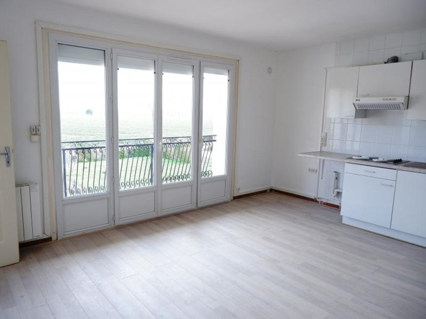 Renting Apartment 2 rooms 33m² Toussus-le-Noble (78117) - photo