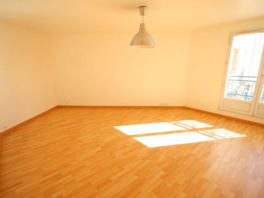 Sale Apartment 3 rooms 69m² Voisins le bretonneux - photo