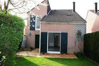 Location Maison 4 pièces 90m² Voisins-le-Bretonneux (78960) - Photo 1