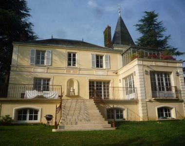 Renting House 10 rooms 260m² Milon-la-Chapelle (78470) - photo